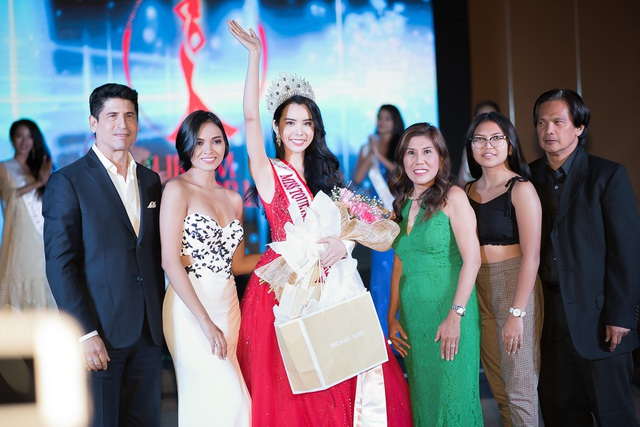 Huỳnh Vy đăng quang Hoa hậu Du lịch Thế giới 2018 - Ảnh 3.