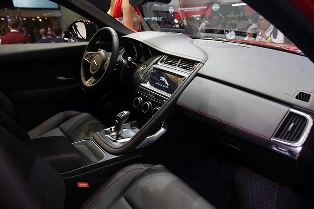 """Giá dưới 3 tỉ đồng, Jaguar E-Pace """"tuyên chiến"""" với Porsche Macan và Range Rover Evoque - 2"""