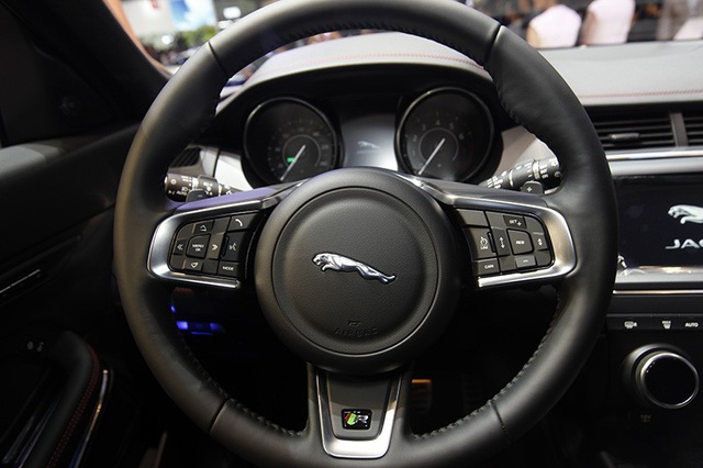 """Giá dưới 3 tỉ đồng, Jaguar E-Pace """"tuyên chiến"""" với Porsche Macan và Range Rover Evoque - 7"""