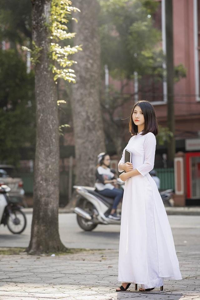 Nữ sinh Ninh Bình sở hữu nét đẹp sắc sảo hút hồn - 9