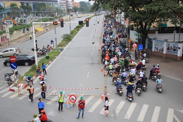 Rào đường Kim Mã phục vụ thi công ga ngầm đường sắt đô thị Hà Nội - 1