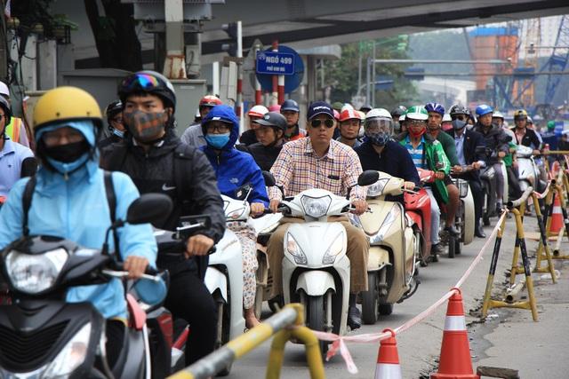 Rào đường Kim Mã phục vụ thi công ga ngầm đường sắt đô thị Hà Nội - 3