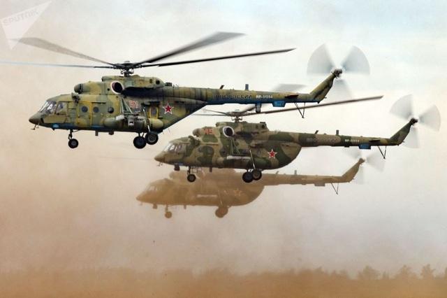 """Trực thăng Mi-8 tại bãi huấn luyện """"Tsugol"""" ở khu vực Trans-Baikal. Đây là nơi diễn ra cuộc tập trận chung của lực lượng vũ trang Nga và Trung Quốc Vostok-2018."""
