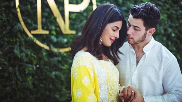 Nick Jonas cũng đã đưa bố mẹ tới thăm nhà bạn gái Priyanka Chopra