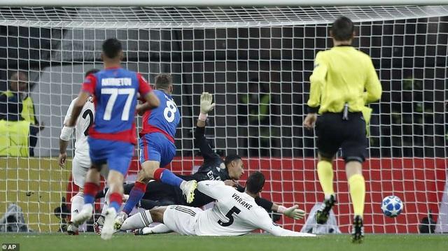 Real Madrid thất bại vì sai lầm sơ đẳng trong phòng ngự