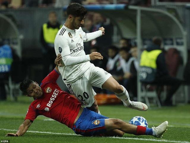 Asensio đã gây thất vọng lớn khi bỏ lỡ những cơ hội ngon ăn