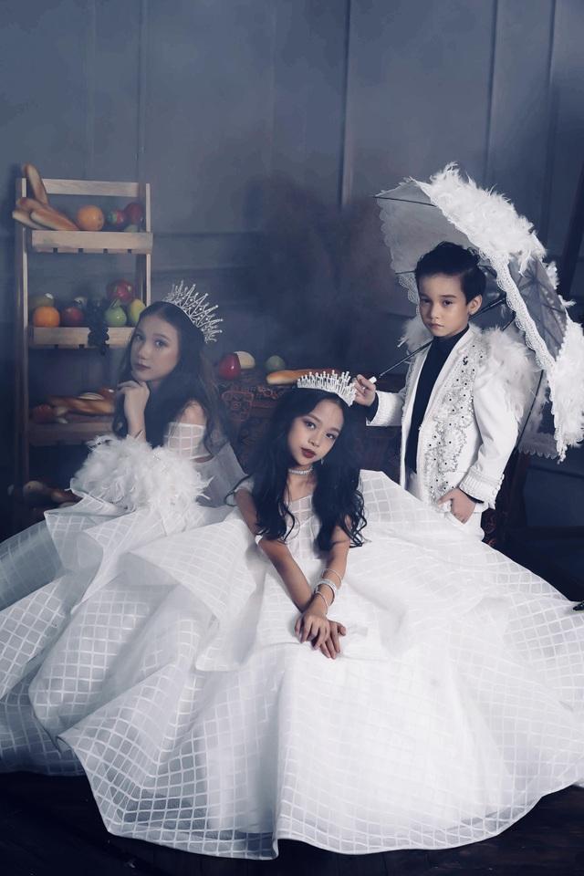 Đạo diễn Đắc Ngọc và 3 mẫu nhí Việt tham gia Người mẫu thời trang cao cấp thế giới tại Hàn Quốc - 8