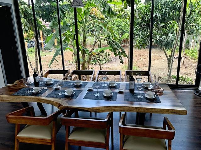 Cận cảnh biệt thự nhà vườn độc đáo ở Long An của Cao Thái Sơn - 5