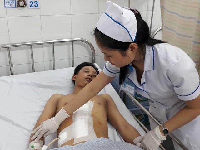Sau phẫu thuật, sức khỏe bệnh nhân đang dần bình phục