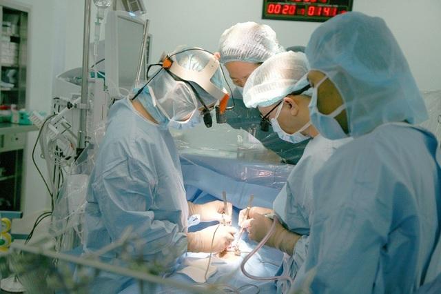Các bác sĩ gây mê là người bảo vệ cho người bệnh - 1