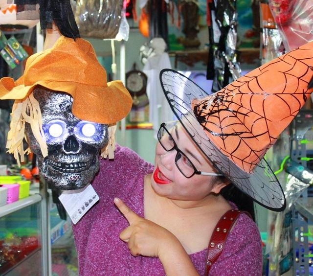 Độc lạ sắc màu Halloween ở Đà Nẵng - 2