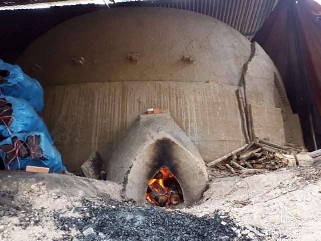 Lò hơi đốt than của anh Điện