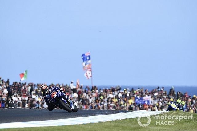 Vinales chiến thắng trong ngày bộ đôi Repsol Honda Team bỏ cuộc - Ảnh 6.