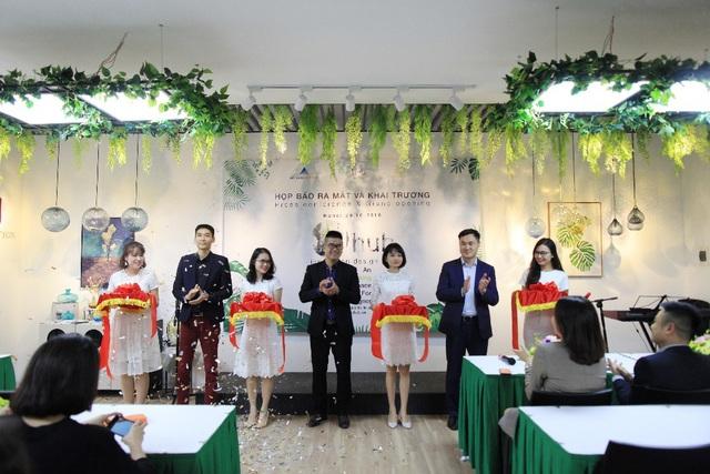 """Lễ cắt băng khai trương mô hình Coworking Space """"kiểu mới"""" đầu tiên tại Việt Nam diễn ra trang trọng"""