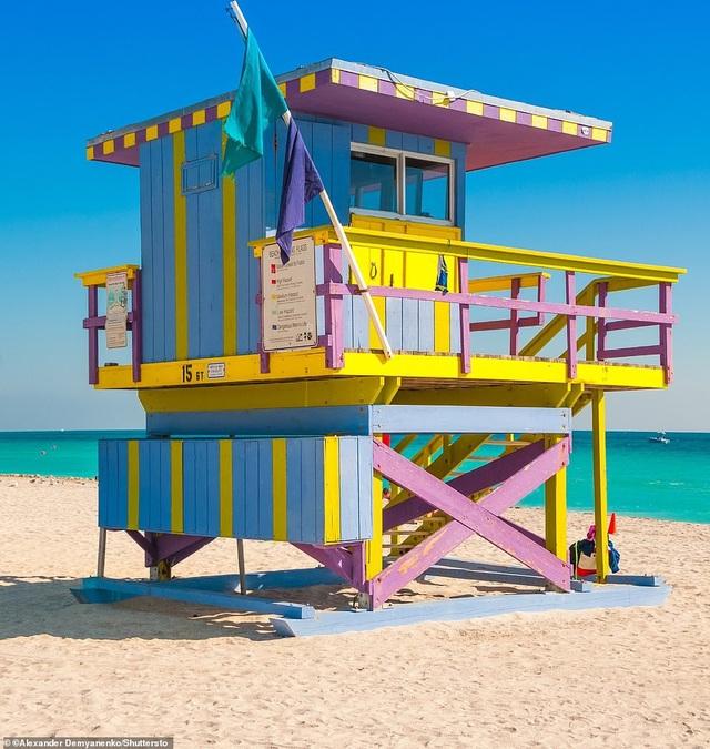 Vị trí thứ 4 là Miami. Lonely Planet nói rằng thiên đường nhiệt đới này trong vài năm qua đã biến thành một trung tâm đang phát triển cho nghệ thuật, một điểm đến ẩm thực và một nhà sáng tạo trong thiết kế đô thị.