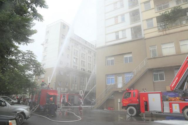 Diễn tập phòng cháy chữa cháy tại khu Chung cư cao tầng và Tòa nhà văn phòng