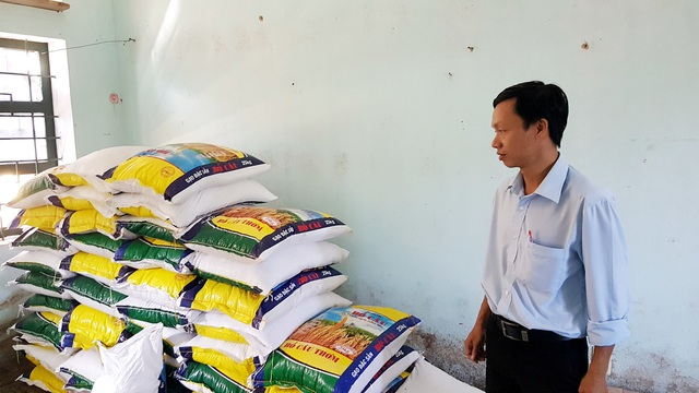 Trường PTDTBT THCS Nguyễn Văn Trỗi đã chuẩn bị lương thực, thực phẩm cho các em bán trú