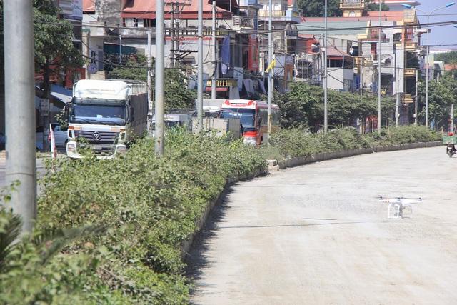 Chủ đầu tư là UBND Thị xã Sơn Tây, nguồn vốn đầu tư là hơn 200 tỷ đồng, đây là nguồn vốn của UBND thành phố Hà Nội đầu tư cho thị xã Sơn Tây nâng cấp, cải tạo 2km tuyến đường qua địa bàn phường Trung Sơn Trầm.