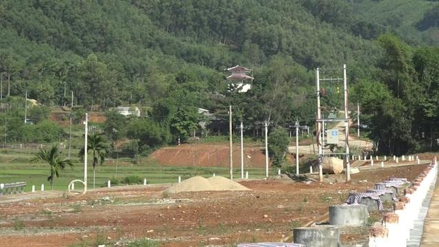 Cả 5 khu tái định cư, định canh do Ban Dân tộc tỉnh Quảng Ngãi làm chủ đầu tư đều chậm tiến độ.
