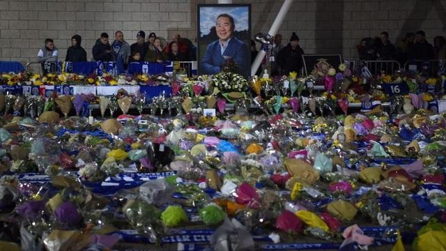 Premier League sẽ tưởng nhớ cố Chủ tịch của Leicester City vào cuối tuần này