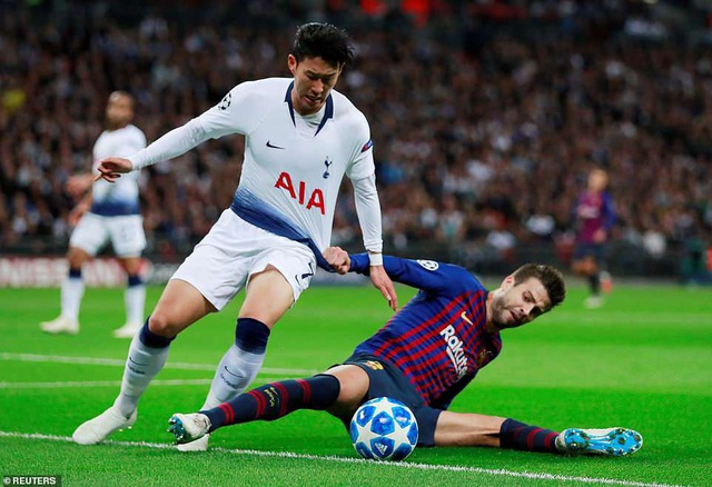 Son Heung Min đã có trận đấu nhạt nhòa trước Barcelona
