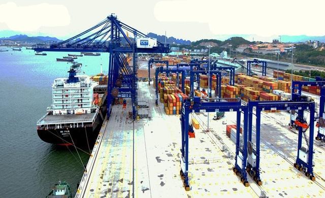 Phí dịch vụ cảng biển tại Việt Nam đang thấp nhất khu vực