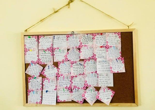 Những lời nhắn nhủ của bố mẹ gửi đến con trẻ - thành quả của buổi họp phụ huynh của lớp 10A13, Trường THPT Trưng Vương, Q.1, TPHCM