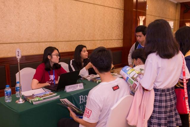 Cơ hội học tập và nhiều học bổng hấp dẫn tại Triển lãm du học StudyUSA Đại học và Cao Đẳng Hoa Kỳ - 3