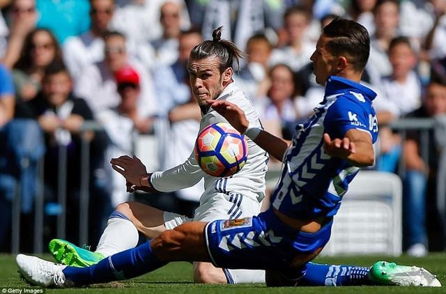 Bale chưa thể thay thế được vai trò C.Ronaldo để lại