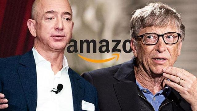 Tỉ phú Bezos hiện giàu hơn Bill Gates 63 tỉ USD. Ảnh: WSJ