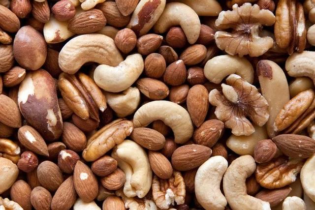 Hiểu biết cơ bản về Vitamin E: Nguồn cung cấp, lợi ích và rủi ro khi sử dụng - 1