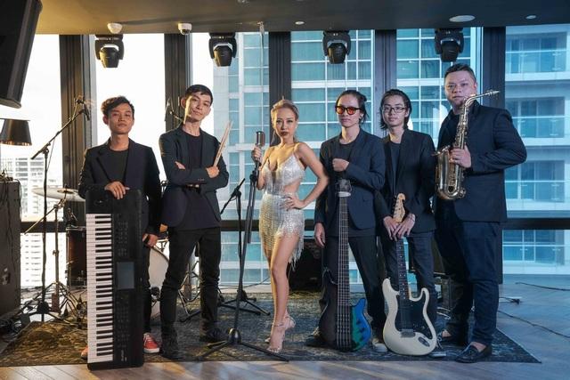 Thảo Trang tự tin đảm nhận vai trò mới tại Z Lounge - 3
