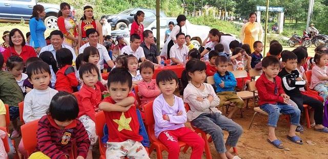 Khánh thành công trình phòng học và cầu Dân trí tại điểm trường Đồng Măng, Phú Thọ - Ảnh 5.