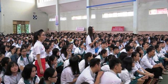 Buổi tuyên truyền thu hút hơn 1.000 HS Trường THPT chuyên Võ Nguyên Giáp tham dự