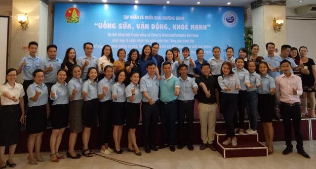 Gần 40 tổng phụ trách đội các trường tiểu học tham gia buổi tập huấn