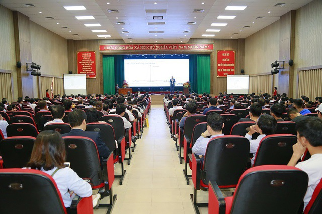 Quang cảnh Hội nghị khoa học công nghệ toàn quốc về Cơ khí lần thứ V.