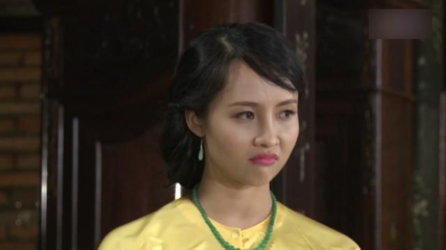"""Nhập vai vợ hai cướp chồng trong """"Phận làm dâu"""", Lucy Như Thảo nhận đủ gạch đá."""