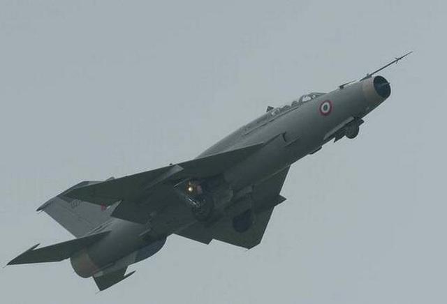 Máy bay chiến đấu MiG-21 (Ảnh: The Hindu)