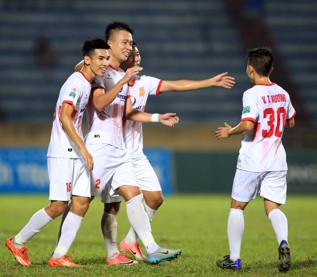 Nam Định sẽ quyết đấu ở vòng cuối cùng nhằm tìm vé ở lại V-League 2018