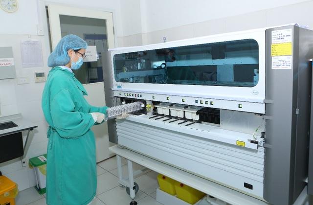 Nguy cơ lây nhiễm viêm gan được phát hiện bằng các thiết bị hiện đại là yếu tố quan trọng để bác sĩ phát hiện bệnh và đưa ra định hướng điều trị kịp thời.