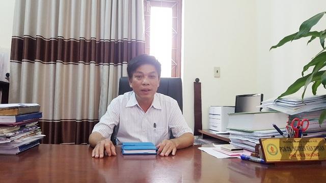 PGS.TS. Nguyễn Văn Thuận, Phó Hiệu trưởng ĐH Sư phạm - ĐH Huế làm việc với PV
