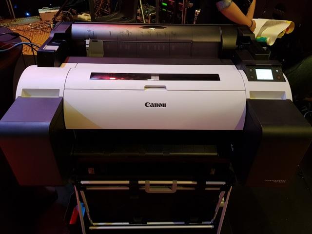 Canon ra mắt dòng máy in khổ lớn cho doanh nghiệp vừa và nhỏ tại Việt Nam - 2