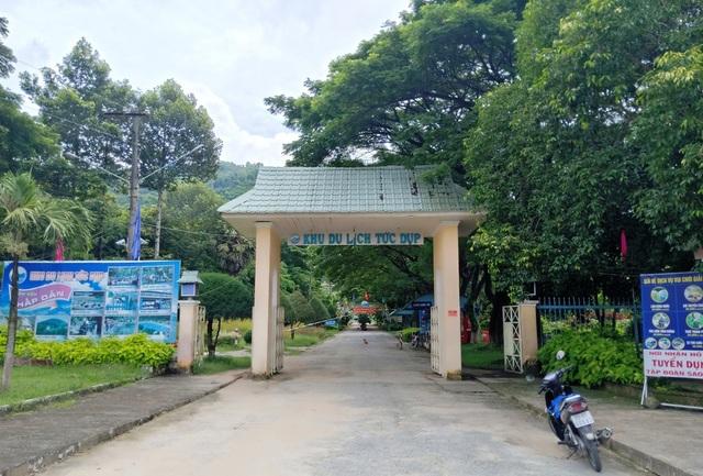 """Khám phá """"đồi 2 triệu đô la"""" độc nhất Việt Nam - 4"""