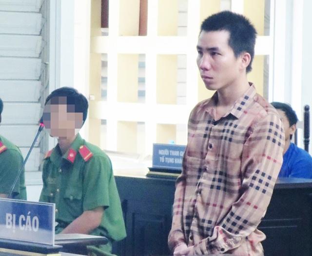 Bị cáo Lộc cho biết không có ý định giết người, bị cáo chỉ phòng vệ để bảo vệ người yêu