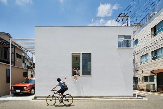 """Chiêm ngưỡng ngôi nhà """"7 ban công"""" độc đáo ở Nhật Bản - 1"""