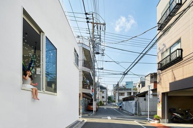 """Chiêm ngưỡng ngôi nhà """"7 ban công"""" độc đáo ở Nhật Bản - 3"""