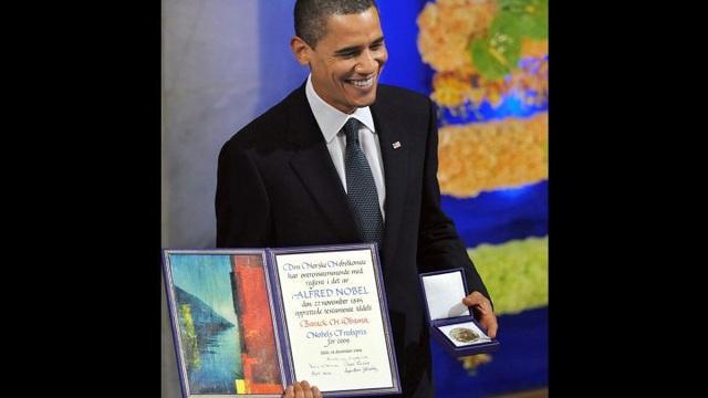 Ông Obama nhận giải Nobel Hòa bình năm 2009 (Ảnh: AFP)