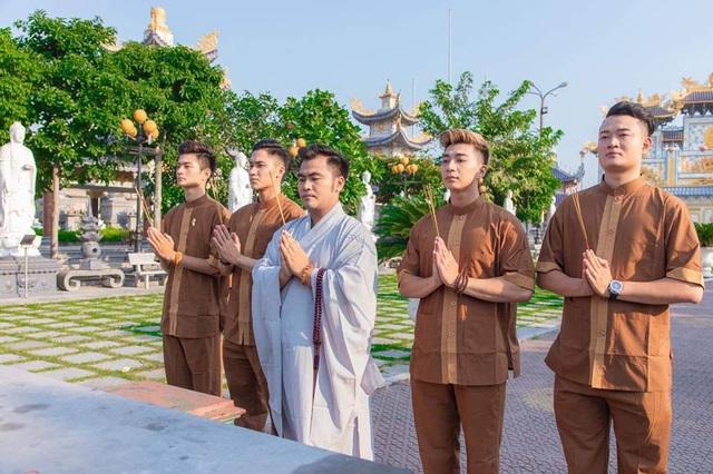 Chắp tay sao cho đúng và ý nghĩa trong nghi thức Phật giáo - 1