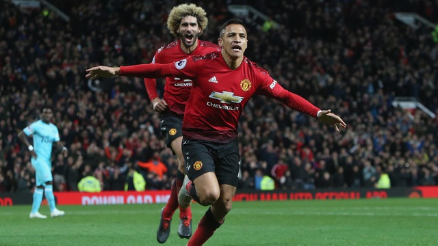 Sanchez đầy hạnh phúc với bàn thắng đầu tiên ở mùa giải năm nay, một bàn thắng giải tỏa lớn áp lực tâm lý cho tiền đạo người Chile
