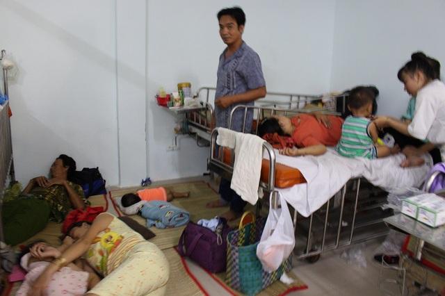 Bệnh viện nhi đang trong tình trạng quá tải trong mùa dịch bệnh